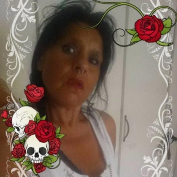 Profilbild för helpeachother